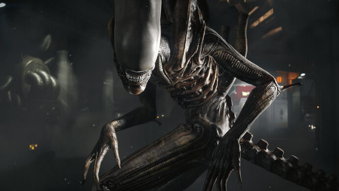 The alien poses in an Alien: Isolation screenshot.