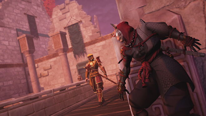 An image from Aragami 2 which shows the player hugging a wall, reading to pounce as a guard approaches.