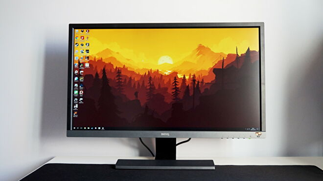 A face on photo of the BenQ EL2870U gaming monitor