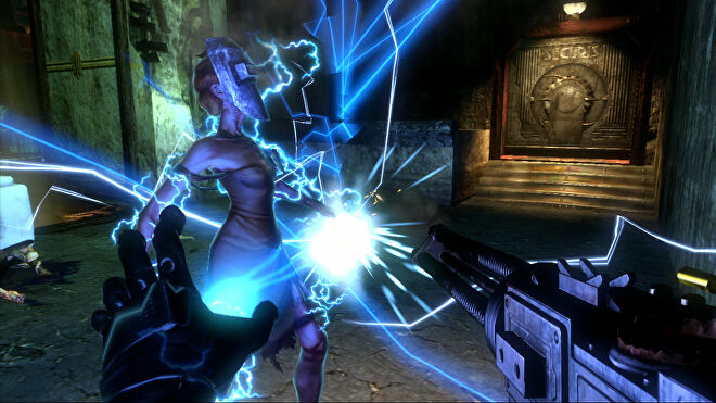 An image from Bioshock 2 which shows the player electrocuting an enemy.