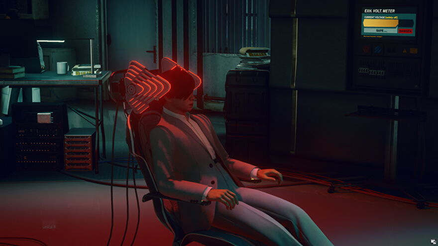 Hush sits in his chair in the Hitman 3 Impulse Control mission.