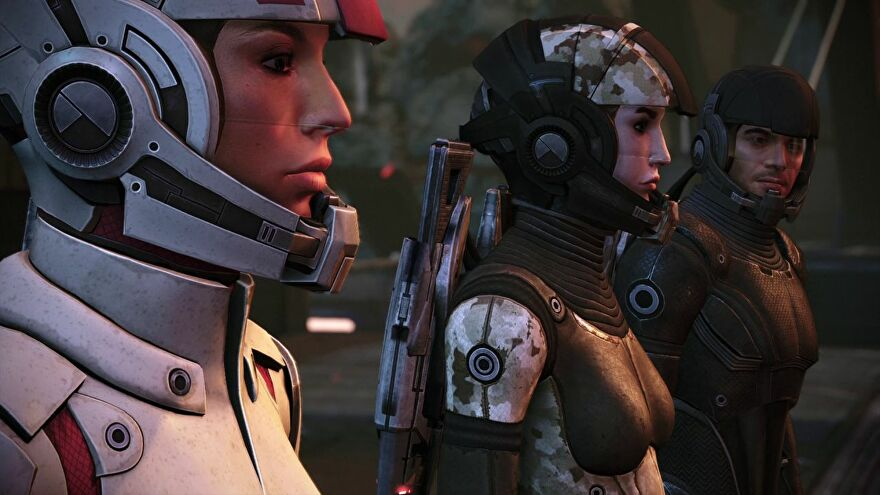 Ashley, Shepard and Kaidan looking a bit confused on Eden Prime.