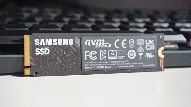 The back of the Samsung 980 SSD