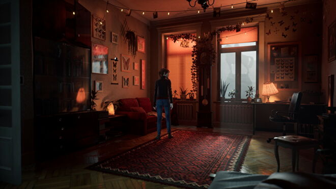 A warm, dimly-lit room from The Medium with ray tracing switched on