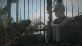 Agent 47 stares at a poisonous frog through a glass tank in Hitman 3