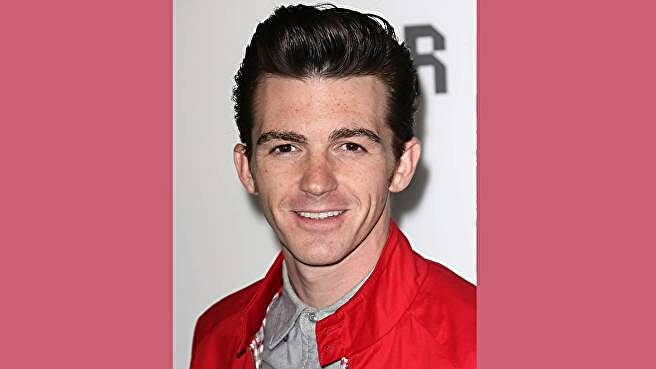 Drake Bell, the voice of Young Eraqus in Kingdom Hearts 3.